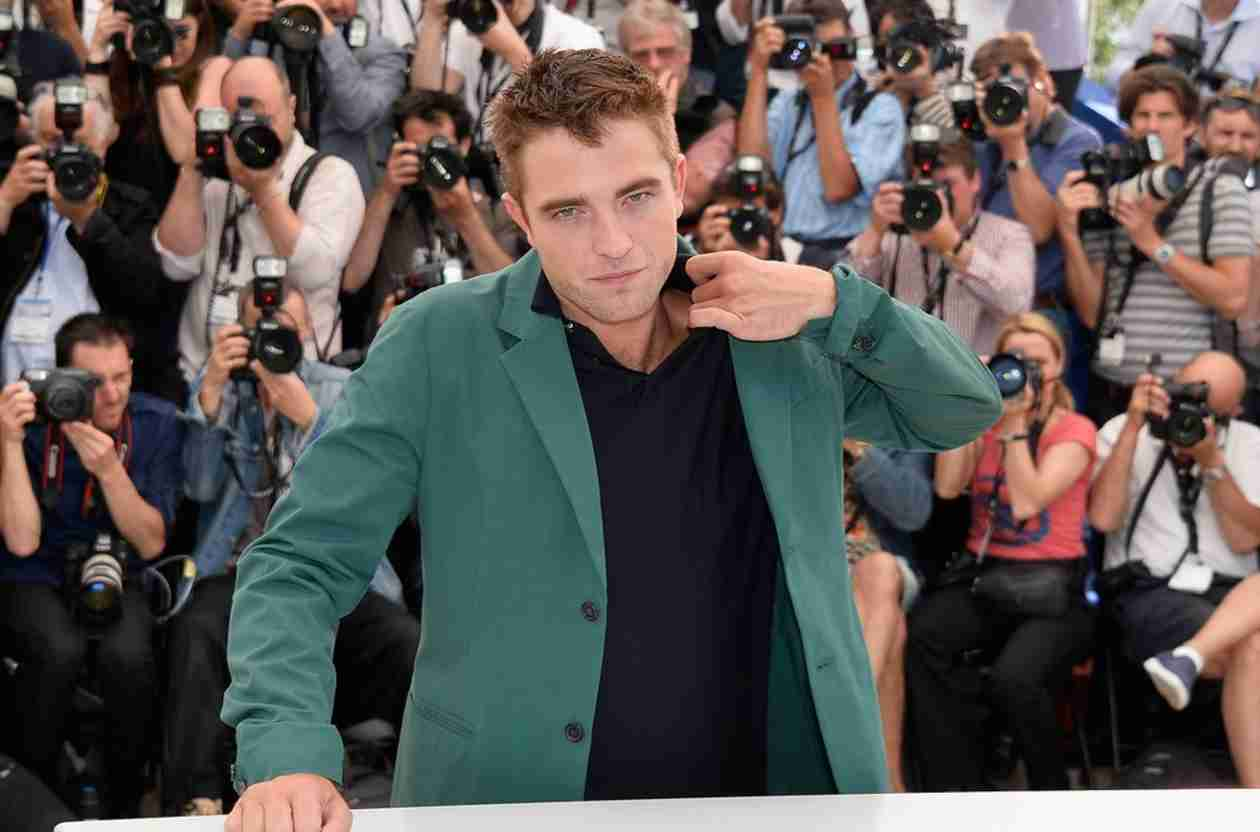 "Robert Pattinson's First Album Is ""Coming Soon"" — Report"