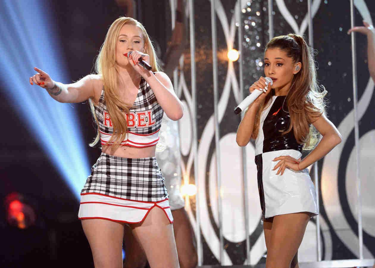 "Ariana Grande and Iggy Azalea Perform ""Problem"" at 2014 Billboard Music Awards (VIDEO)"