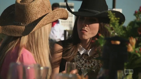 RHOC Season 9, Episode 6 Sneak Peek — Heather Humiliates Shannon (VIDEO)