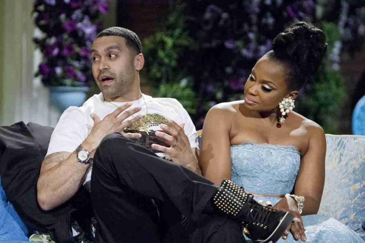 Apollo Nida Admits Phaedra Parks's Mother Keeps Their Marriage Together (VIDEO)
