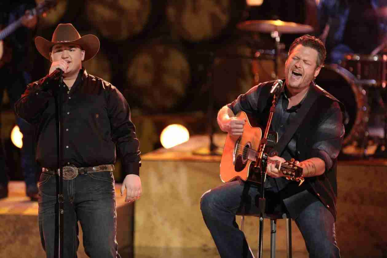 Watch Blake Shelton and Jake Worthington Sing on The Voice 2014 (VIDEO)