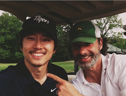 "The Walking Dead Season 5: Steven Yeun, Andrew Lincoln Are ""Back"" on Set — and Golf Course (PHOTOS)"
