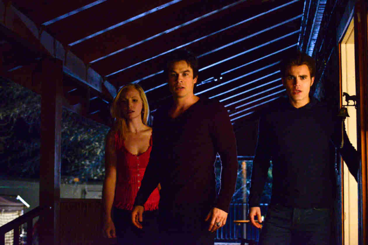 "The Vampire Diaries Music: Songs From Season 5, Episode 20 — ""What Lies Beneath"""