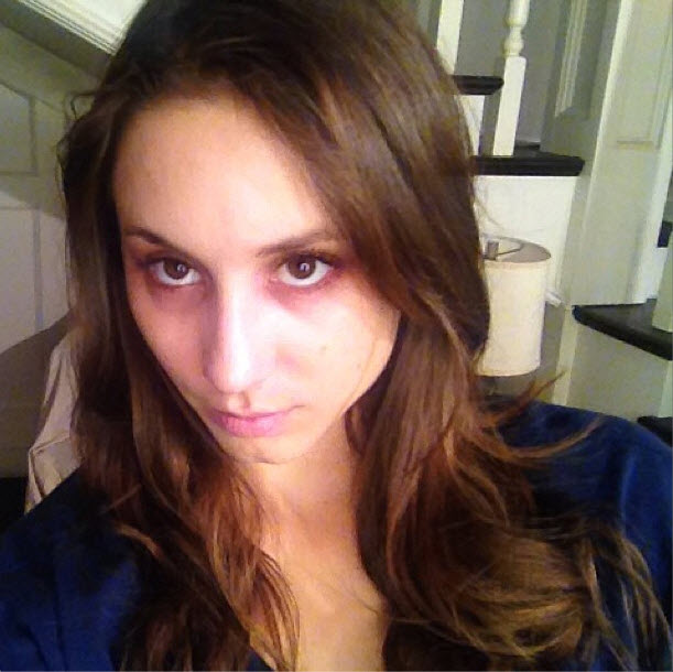 This Is How Troian Bellisario Passes Time on Set of Pretty Little Liars (VIDEO)