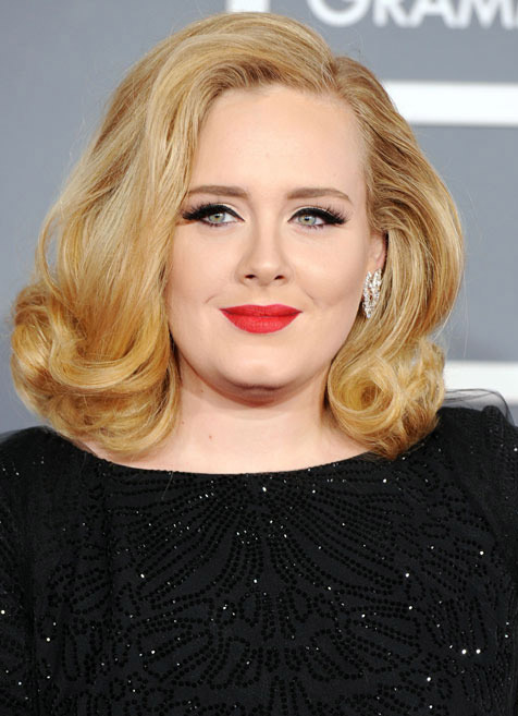 Adele Tweets Makeup-Free Selfie For 25th Birthday, Hints at New Album (PHOTO)