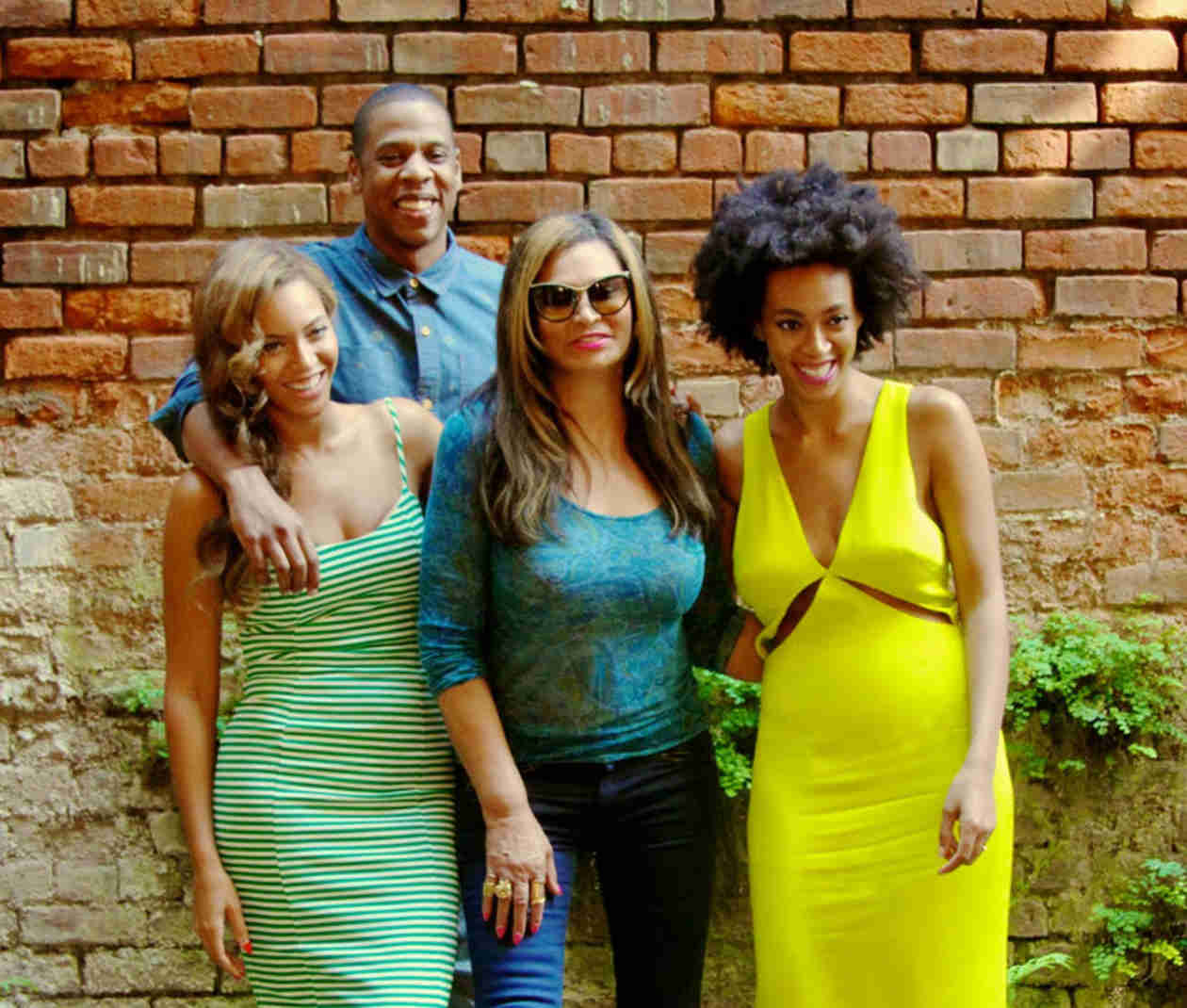 Beyoncé, Jay Z, and Solange Share New Family Photo