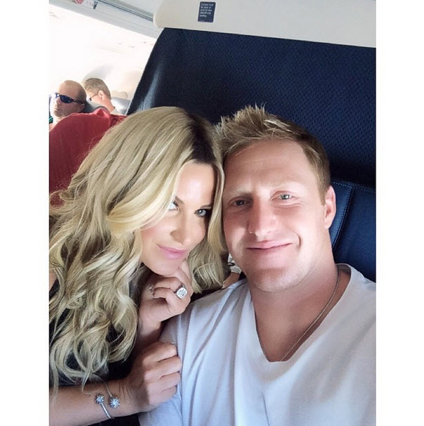 Kim Zolciak's Birthday Escape With Hubby Kroy Biermann — Where Are They Going? (PHOTOS)
