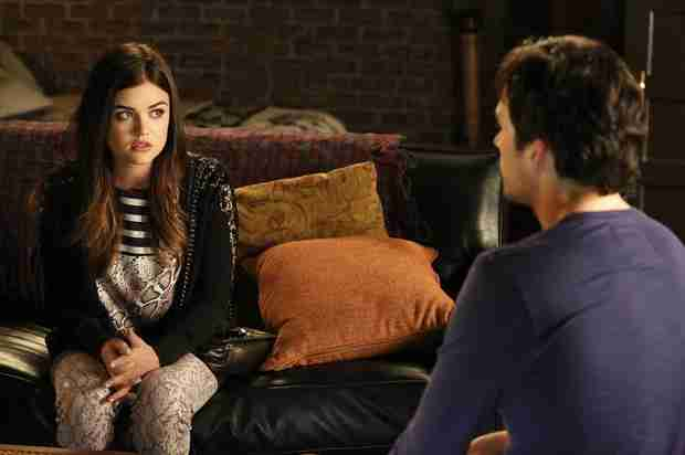 Pretty Little Liars Burning Question: Will Aria Tell Ezra She Killed Shana?