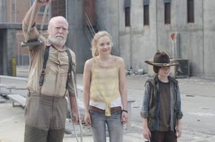 "Scott Wilson on ""Terrific"" Lauren Cohan, Emily Kinney: ""I Try to Learn From Them"""