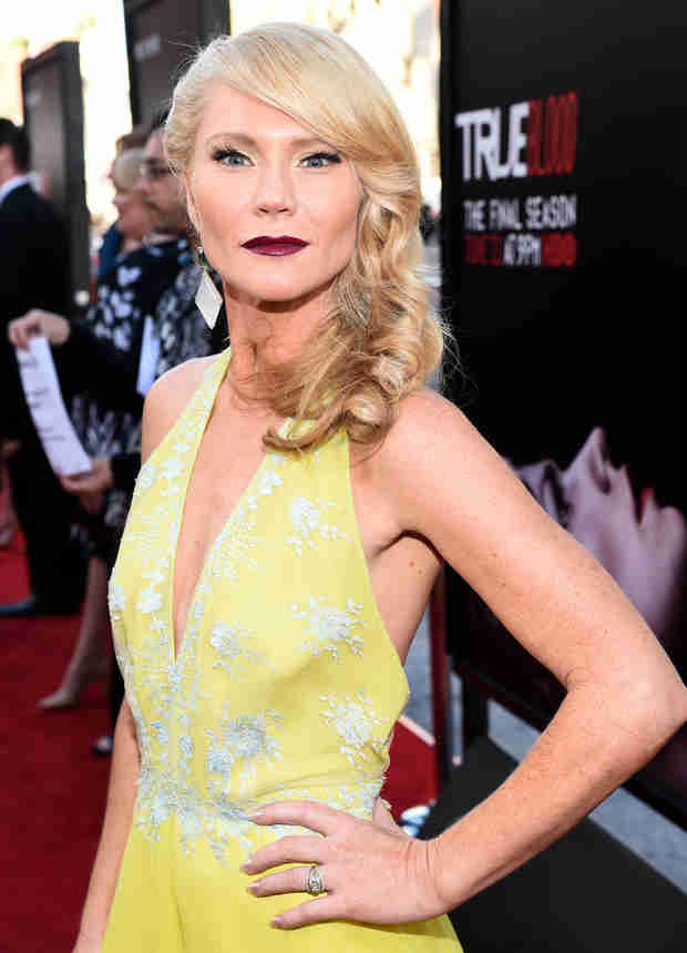 Fangtasia's Ginger Unleashes Signature Scream on the Red Carpet at Season 7 Premiere