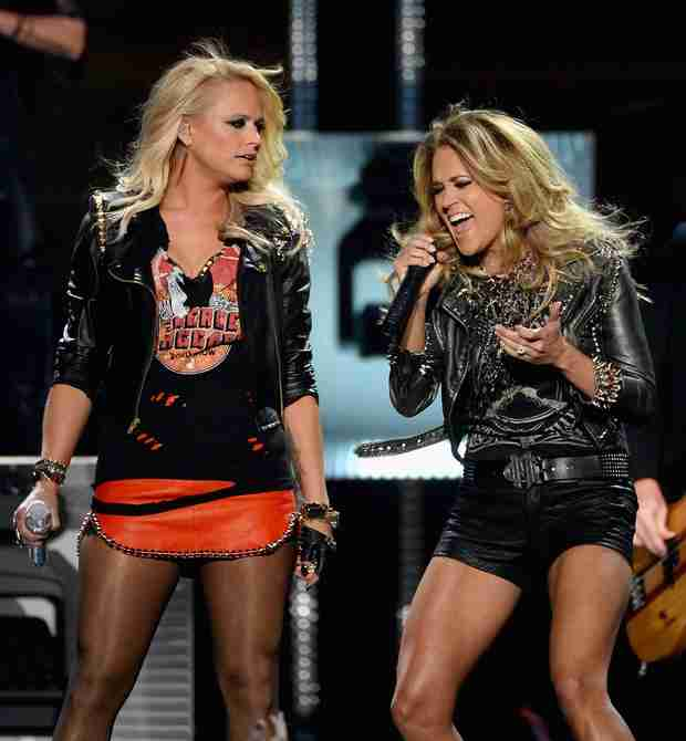 CMT Awards Winners 2014: Carrie Underwood and More!