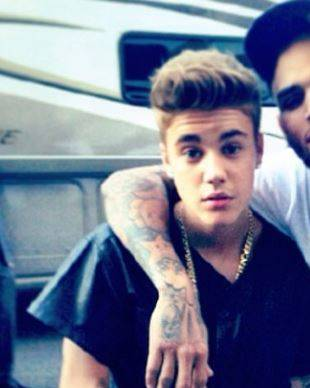 Justin Bieber and Chris Brown Collaborating on Music to Make Up For Their Pasts —Report (VIDEO)