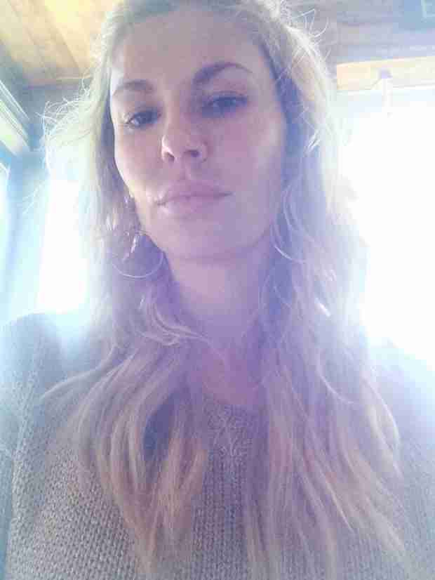 Brandi Glanville Shares Flawless Makeup-Free Selfie (PHOTO)