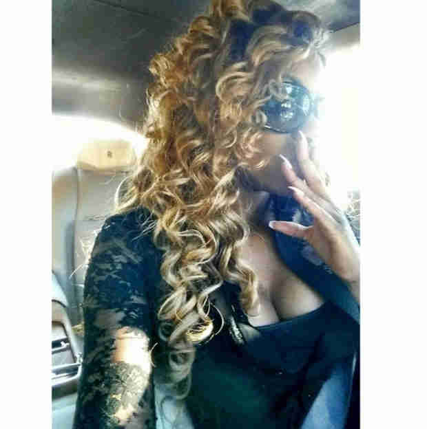 Porsha Stewart Sports Blond Curly Hair! (PHOTO)