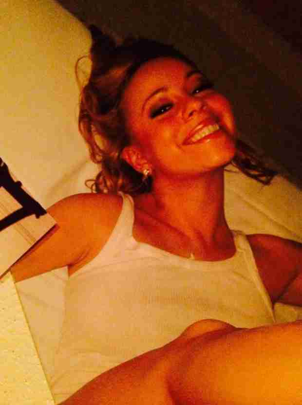 Did Mariah Carey Attempt to Pass Off a Photo From 1997 As New? Awkward! (VIDEO)