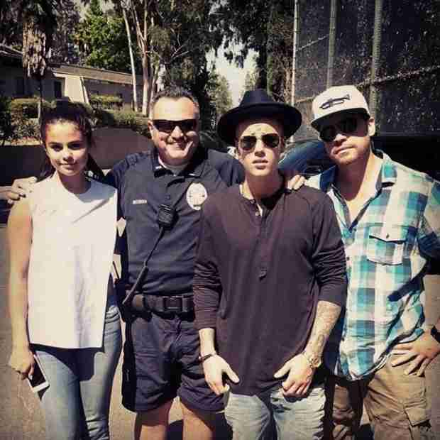 Justin Bieber and Selena Gomez Hit The LA Zoo — See The Pic Here! (VIDEO)