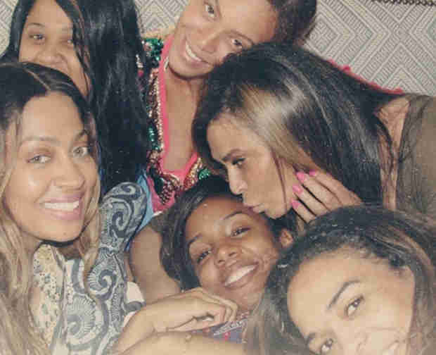 Beyoncé's Makeup-Free Photo With Kelly Rowland, LaLa Anthony, and Michelle Williams