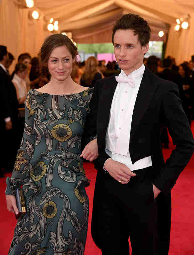 Eddie Redmayne Engaged — Who's the Lucky Woman? (VIDEO)