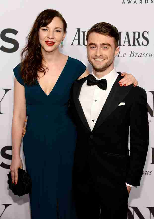 Daniel Radcliffe Has a Girlfriend! Couple Get Close on Red Carpet (VIDEO)