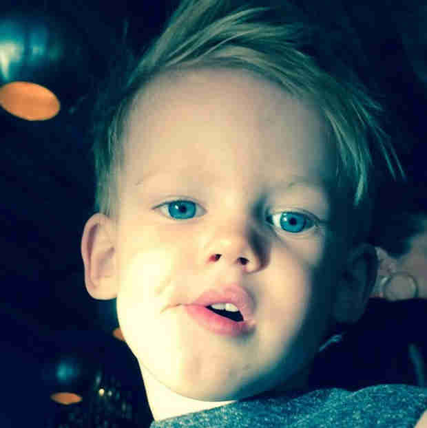 "Hilary Duff Shares New Photo of Luca: ""Mike and I Made Him"" (PHOTO)"
