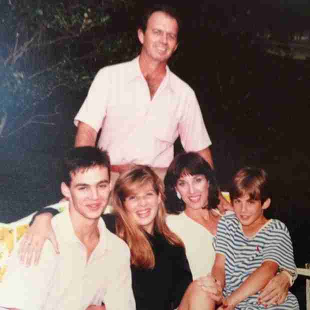 Ian Somerhalder Is Barely Unrecognizable in This Family Throwback Photo!