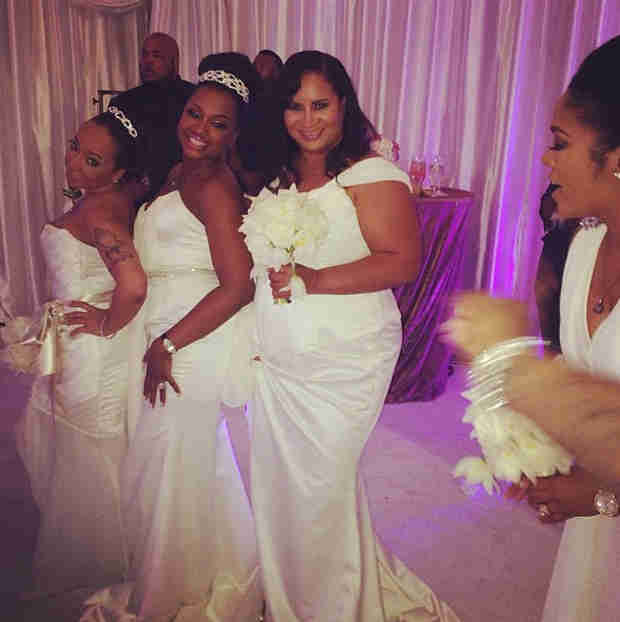 See Kandi Burruss's Famous Bridesmaids Behind the Scenes on the Wedding Day! (PHOTO)