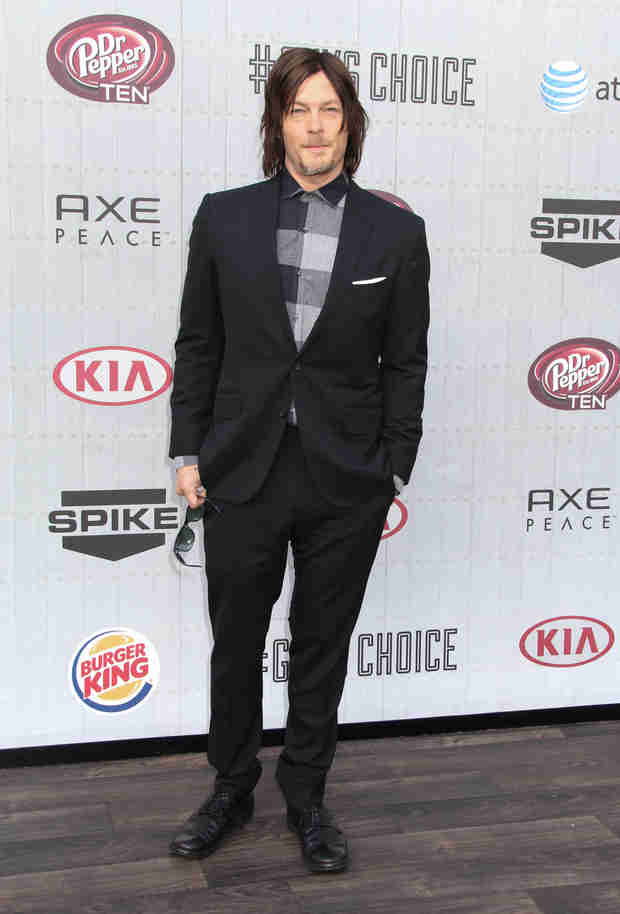 """Norman Reedus Would """"Love"""" to Be on The Mindy Project (VIDEO)"""