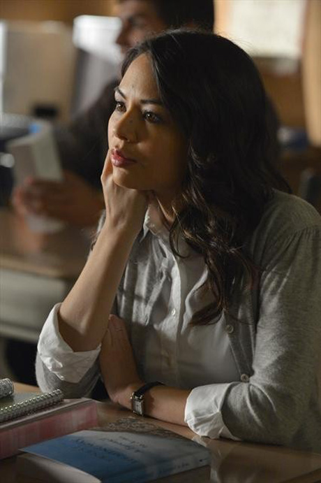 "Pretty Little Liars Burning Question: Is Mona's Army the ""A"" Team?"