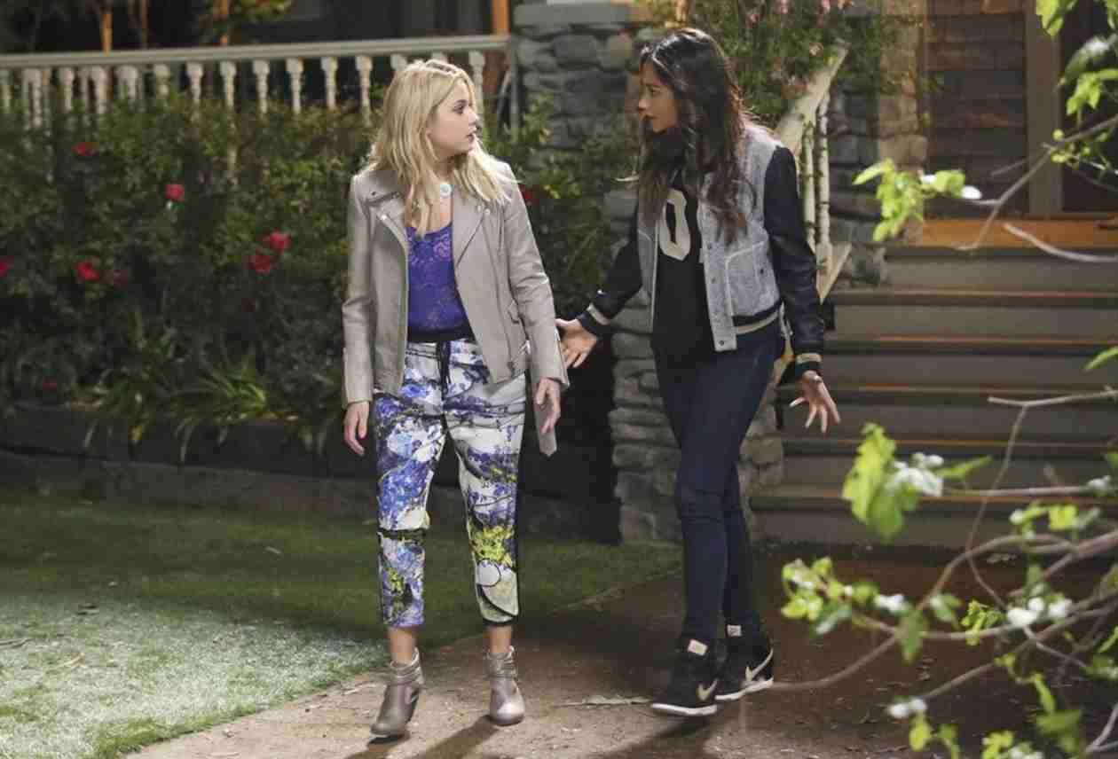 Pretty Little Liars Season 5, Episode 2 Sneak Peek: Is Alison Running Away Again? (VIDEO)