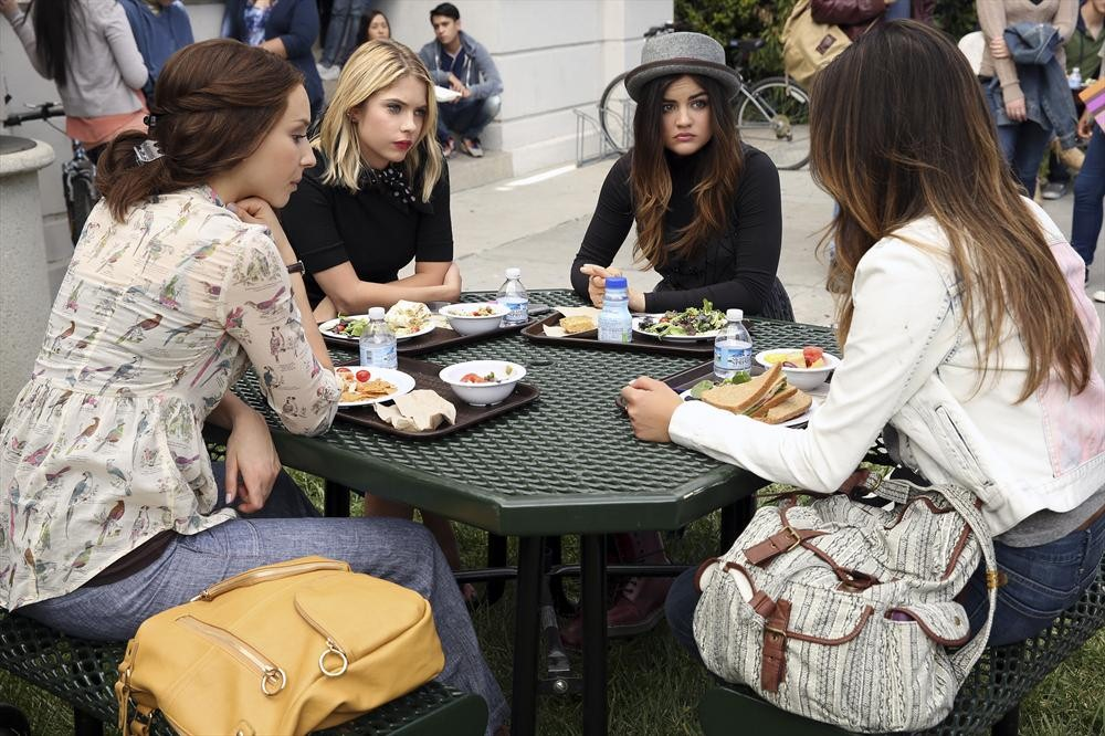 Pretty Little Liars Canadian Promo Breakdown: Season 5, Episode 4 — 9 Things We Learn