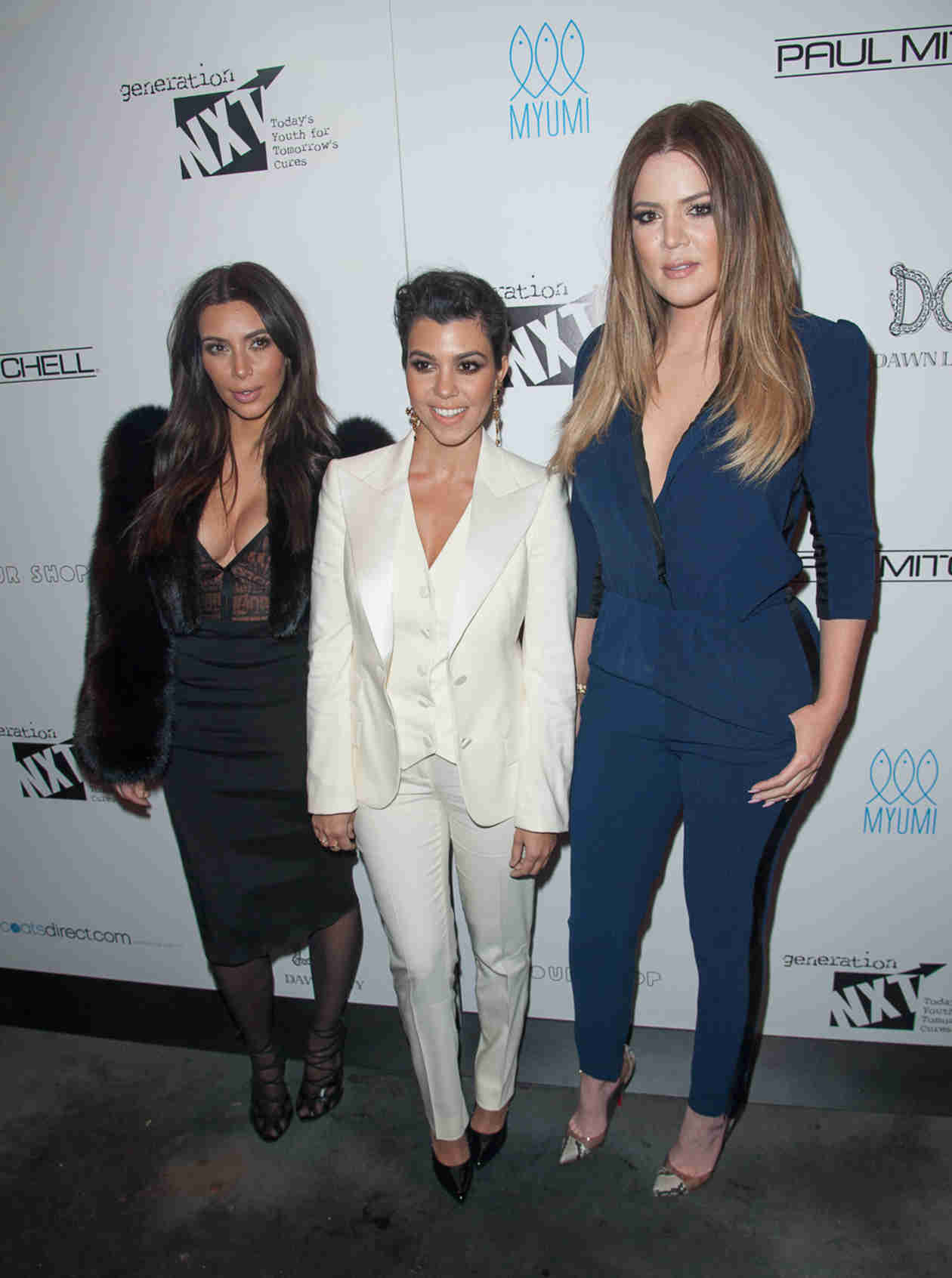 Kourtney and Khloe Kardashian Make Outrageous Demands in Hamptons — Report (VIDEO)