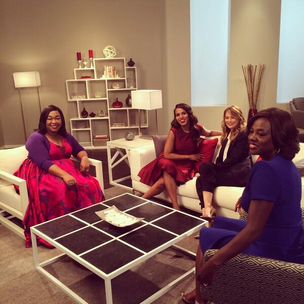 The Queens of Shondaland Hang Out — Shonda, Kerry, Ellen, and Viola! (PHOTO)