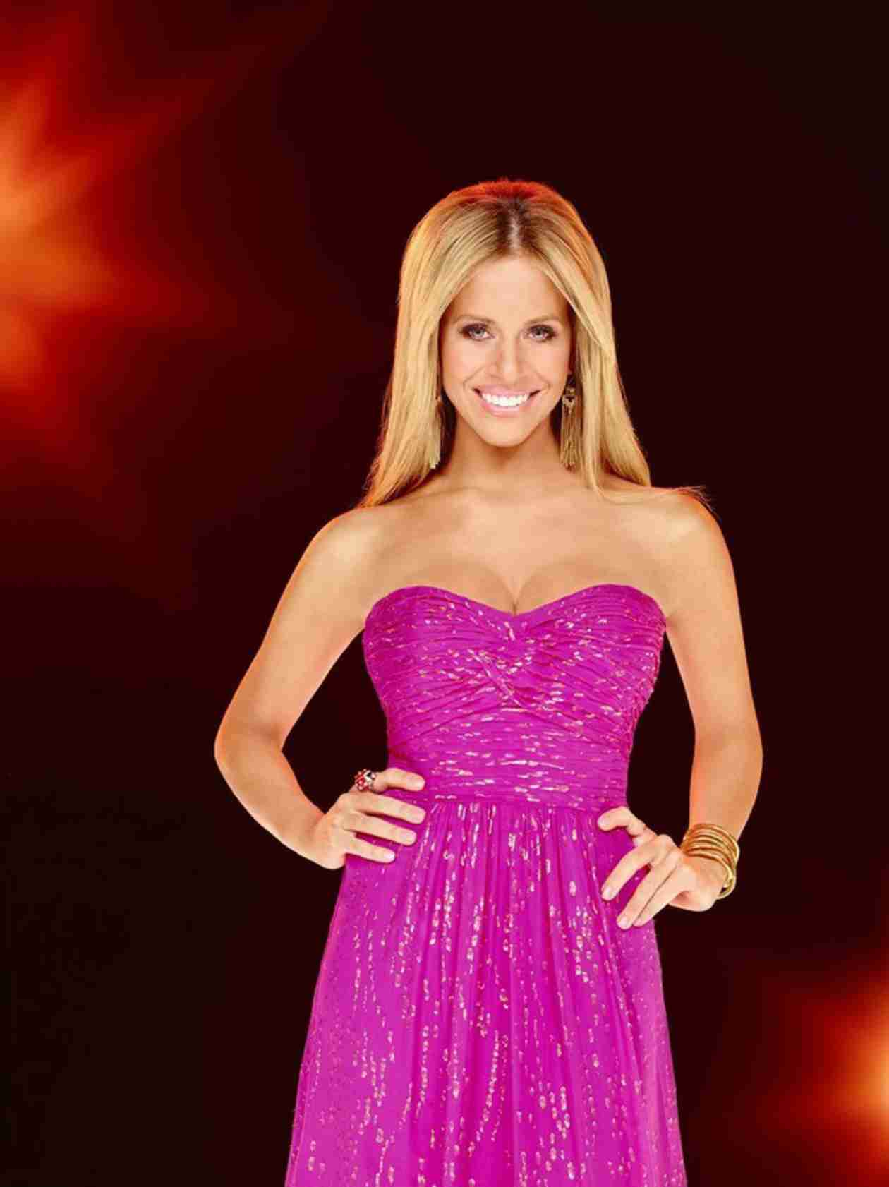 Dina Manzo Returns to Real Housewives of New Jersey — What's She Like Now? (VIDEO)