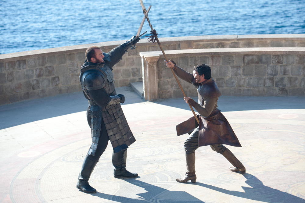 Game of Thrones Season 4, Episode 8: [Spoiler] Dies — Gruesomely