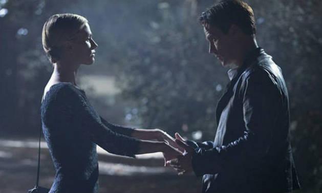 True Blood Season 7 Spoilers: Sookie Drinks Bill's Blood!
