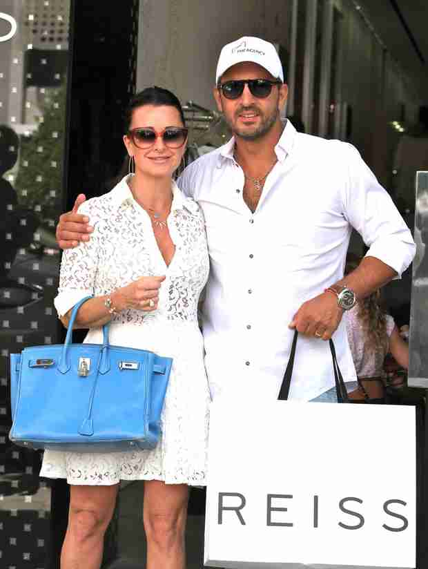 Kyle Richards and Mauricio Umansky Are White-Hot in West Hollywood (PHOTO)