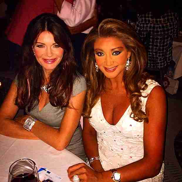 Lisa Vanderpump Hangs Out With Gina Liano From The Real Housewives of Melbourne (PHOTO)