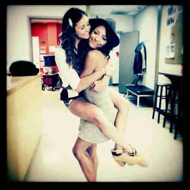 Vampire Diaries Season 6: Nina Dobrev and Kat Graham Reunite! (PHOTO)