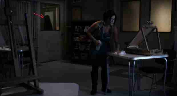 "Was ""A"" In the Hospital With Aria on Pretty Little Liars? (PHOTO)"