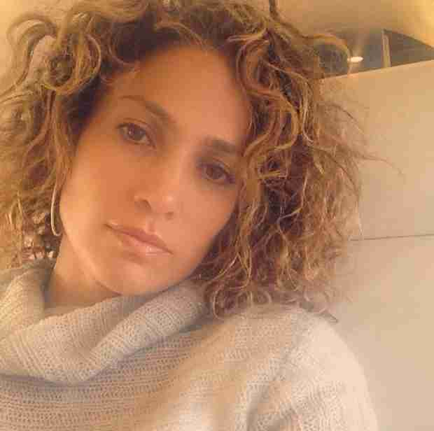 Jennifer Lopez Looks Flawless With Curly Hair in New Selfie (VIDEO)