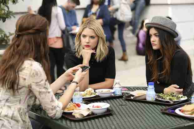 Pretty Little Liars Recap: Season 5, Episode 4 — Awesome Possum