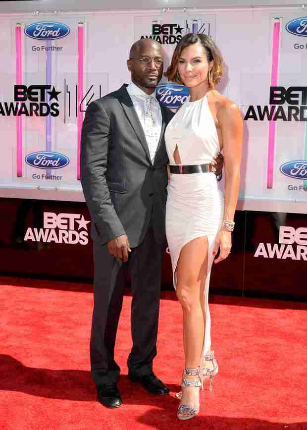 Taye Diggs and New Girlfriend Amanza Smith Brown Walk First Red Carpet (VIDEO)