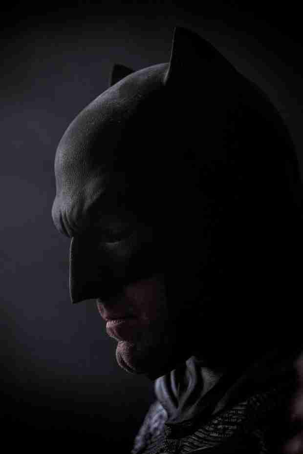 See The Latest Photo of Ben Affleck as Batman From the Hero's 75th Anniversary Mosaic (VIDEO)