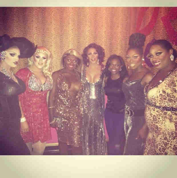 Kandi Burruss Poses With Drag Queens! (PHOTO)