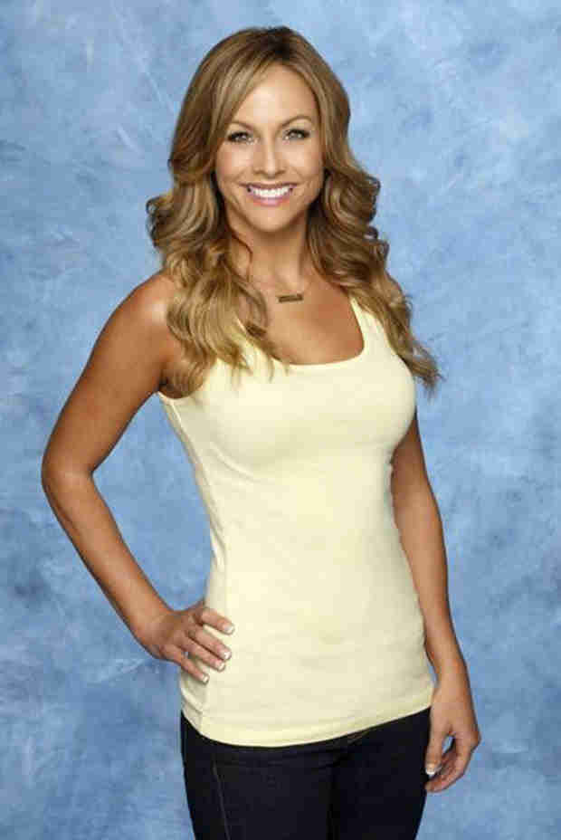 "Bachelor in Paradise: Clare Crawley ""Drives Everyone Crazy"" — Report"