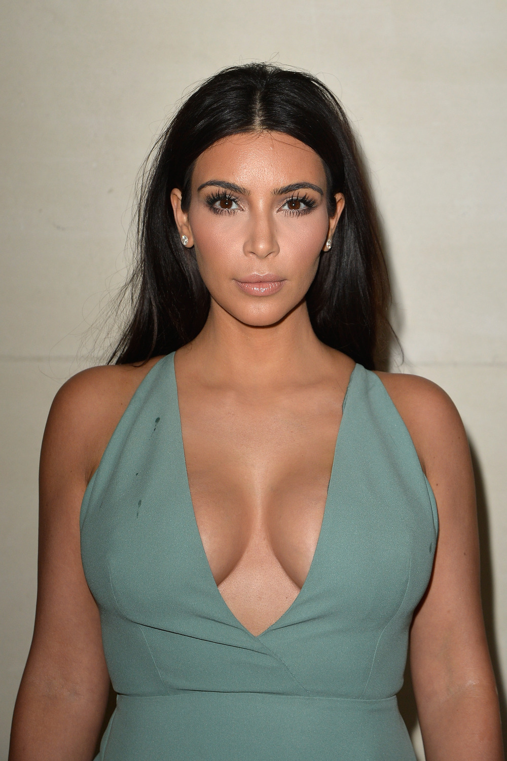 Kim Kardashian is Worrying About Her Weight Again, Despite Massive Slimdown