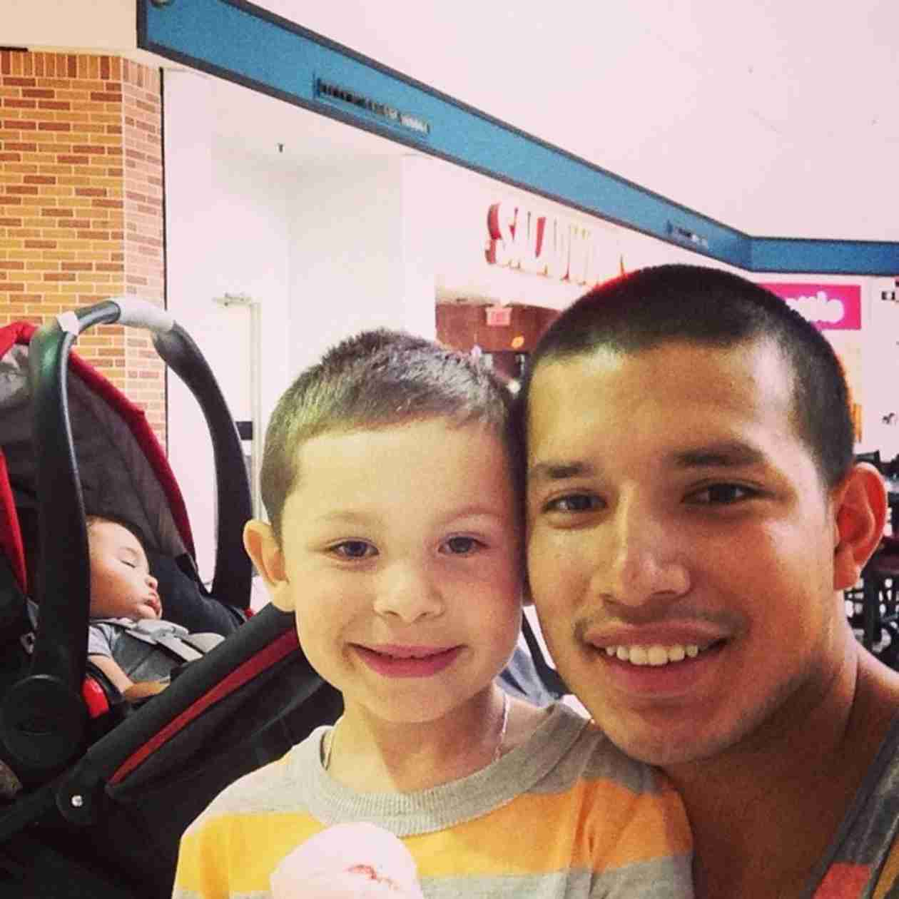 Javi Marroquin Bonds With His Boys During Father-Son Outing!