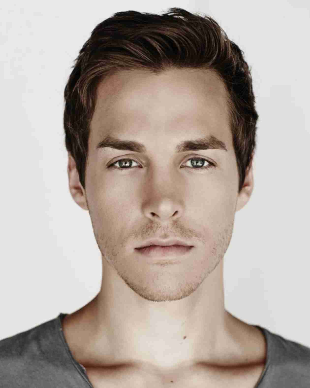 "Vampire Diaries Season 6 Spoiler: Chris Wood Cast as ""Unstable Newcomer"""