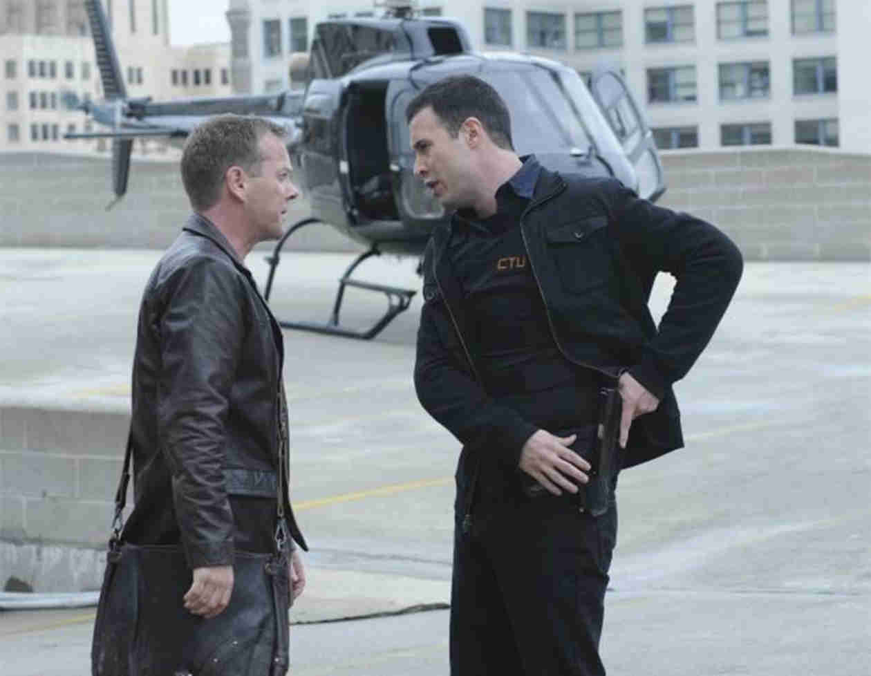 "Freddie Prinze Jr. Wanted to Quit After ""Terrible"" 24 and ""Unprofessional"" Kiefer Sutherland (UPDATE: Kiefer Responds!)"