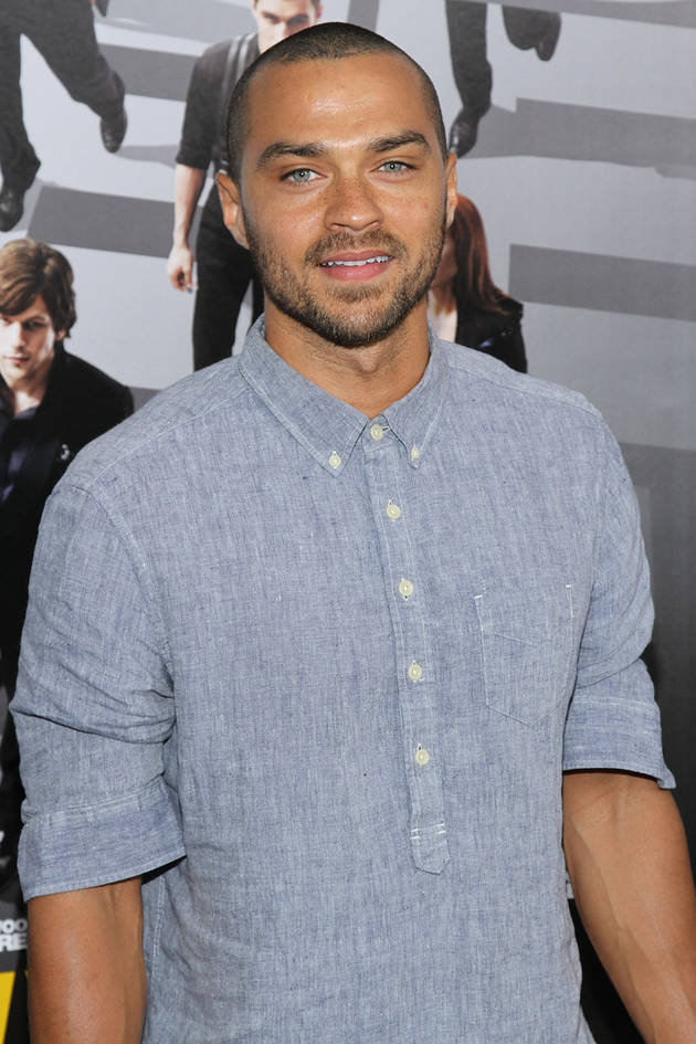 Jesse Williams Instagrams Pic of His Daughter's Feet Next to His (PHOTO)